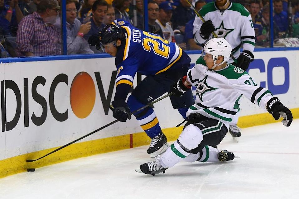 The Dallas Stars even their second round Western Conference series at two games each with a 3-2 win over the St. Louis Blues (AFP Photo/Dilip Vishwanat)