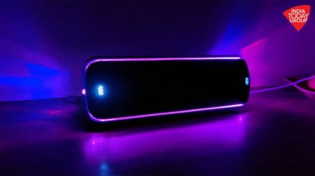 The Sony SRS-XB32 and SRS-XB22 are two great Bluetooth speakers with punchy bass performance. With an exciting light show, these are the perfect party starters.