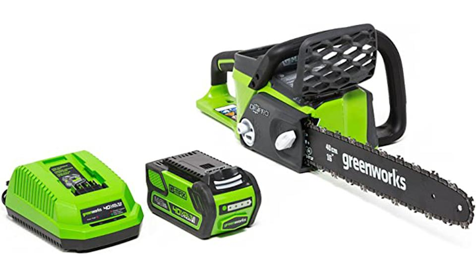 A clean, efficient chainsaw that's ready for anything (Photo: Amazon)