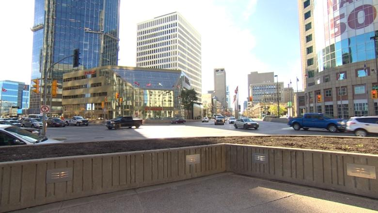Mayor's inner circle approves millions to prepare for possible Portage and Main reopening