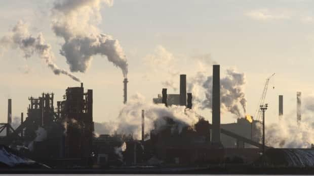 The federal government is investing $400 million to cut emissions at ArcelorMittal Dofasco. ( - image credit)