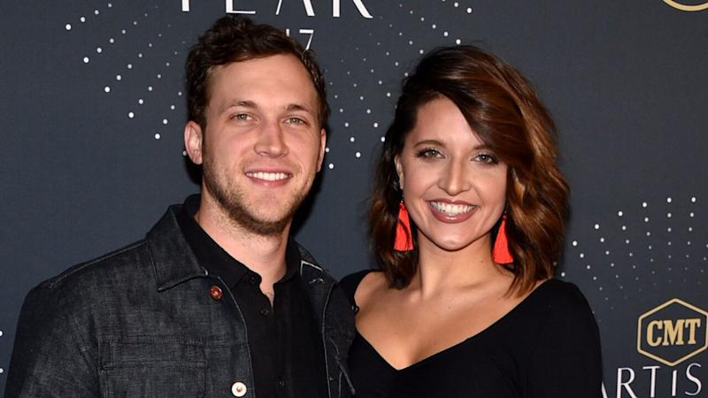 'American Idol' Winner Phillip Phillips and Wife Hannah Welcome First Child