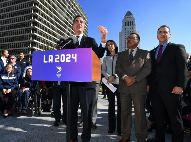 Los Angeles Mayor Eric Garcetti announces the Los Angeles City Council's 13-0 unanimous final approval vote to bid for the 2024 Summer Olympics, on January 25, 2017