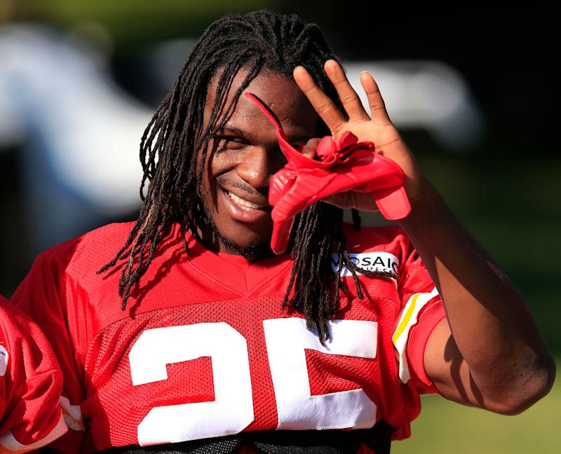 Jamaal Charles Signing One-Day Contract to Retire With Chiefs