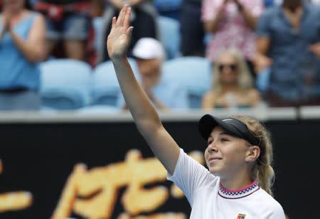 American Sensation Amanda Anisimova Pulls Off Another Upset, Advances in Melbourne