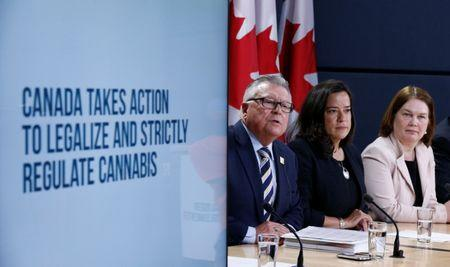 Canada's Public Safety Minister Ralph Goodale (L) speaks during a news conference with Justice Minister Jody Wilson-Raybould (C) and Health Minister Jane Philpott in Ottawa, Ontario, Canada, April 13, 2017. REUTERS/Chris Wattie