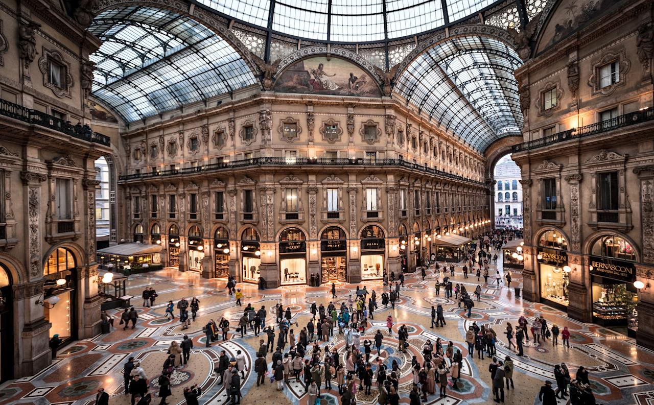 Built between 1865 and 1877 at the intersection of two streets, this sprawling arcade is regarded as the oldest shopping mall in Italy. The crown jewel of the arcade is its soaring 164-foot-tall octagonal glass dome, located at the very center of the complex.