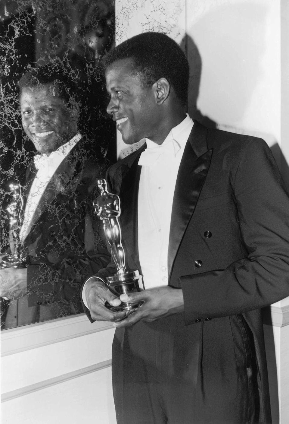 <p>A masterful dresser in all regards—his casual outfits are so damn cool it hurts—Poitier never failed to deliver sophistication on the red carpet.</p>