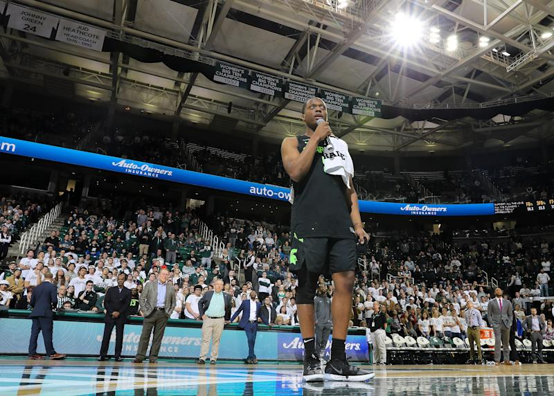 After leading the Spartans past Charleston Southern on Monday, Cassius Winston stopped to thank Michigan State fans after his emotional week. (Rey Del Rio/Getty Images)