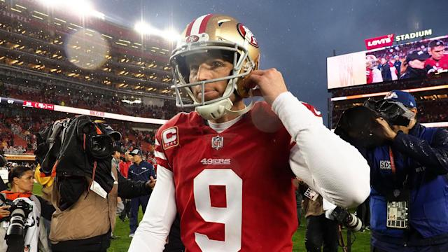 f763bd4a Kyle Shanahan fine with Robbie Gould, as long as he shows up for Week 1