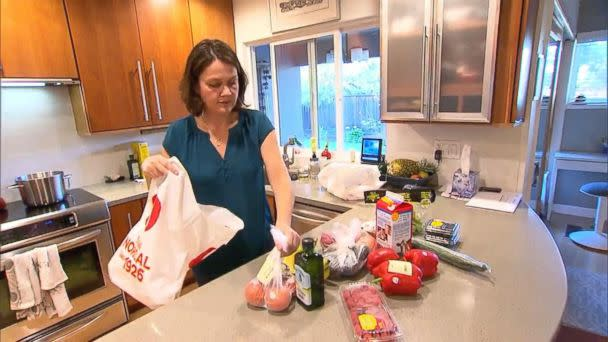 PHOTO: Jo Enders unpacks produce from an Amazon Prime Now grocery delivery order for 'GMA.' (ABC News)