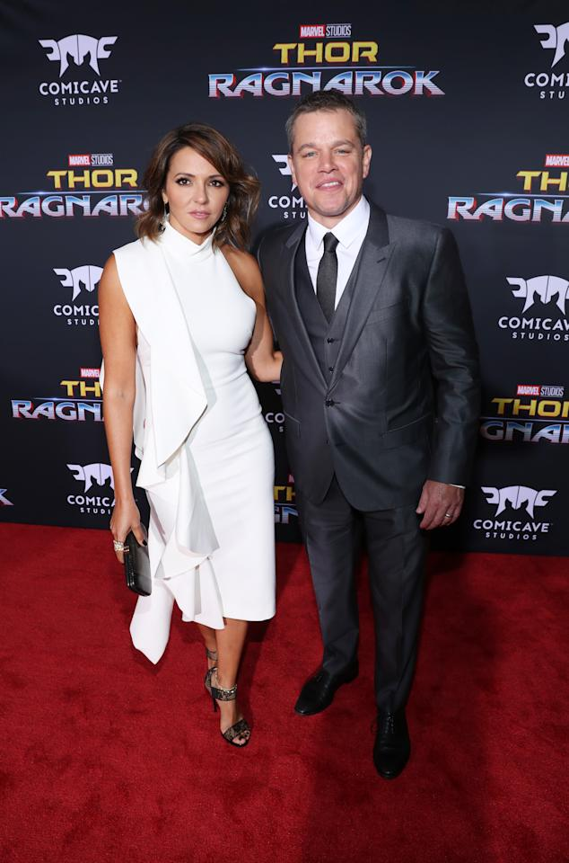 "<p>Days after their romantic <a rel=""nofollow"" href=""https://www.aol.com/article/entertainment/2017/10/09/matt-damon-luciana-barroso-pda-at-coldplay-concert/23237178/"">date night at a Coldplay concert</a>, Barroso and Damon took another night out for <em>Thor</em>. (Photo: Getty Images) </p>"