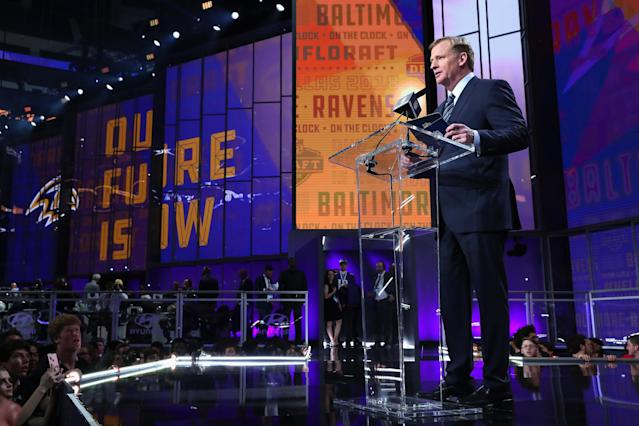 NFL Commissioner Roger Goodell surprised a Ravens fan and doctor with Super Bowl tickets. ( Tom Pennington/Getty Images)