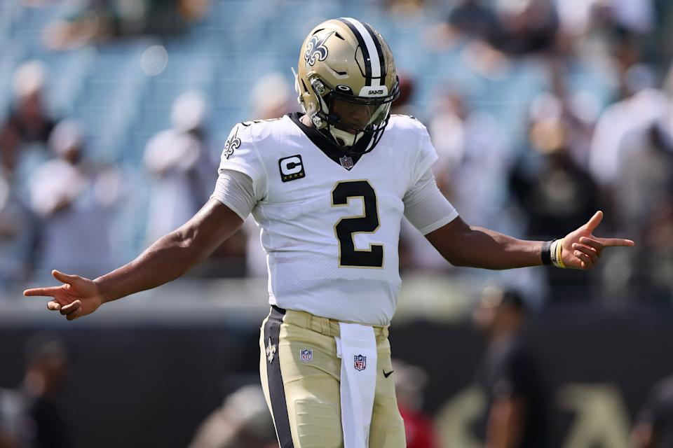 JACKSONVILLE, FLORIDA - SEPTEMBER 12: Jameis Winston #2 of the New Orleans Saints warms up prior to the game against the Green Bay Packers at TIAA Bank Field on September 12, 2021 in Jacksonville, Florida. (Photo by James Gilbert/Getty Images)