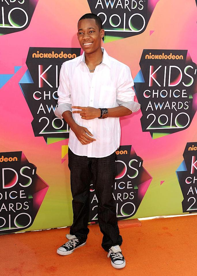 """Everybody Hates Chris"" lead Tyler James Williams flashed the peace sign and his pearly whites as he made his way down the orange carpet. Steve Granitz/<a href=""http://www.wireimage.com"" target=""new"">WireImage.com</a> - March 27, 2010"