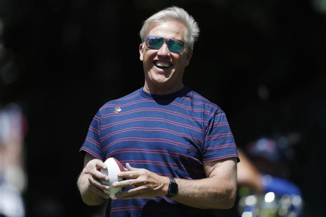 "<a class=""link rapid-noclick-resp"" href=""/nfl/teams/den"" data-ylk=""slk:Denver Broncos"">Denver Broncos</a> general manager John Elway was asked about Colin Kaepernick on Thursday. (AP)"