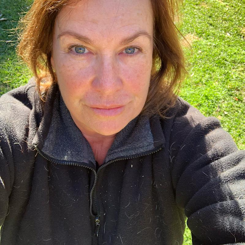 Tracy Grimshaw poses for makeup-free selfie