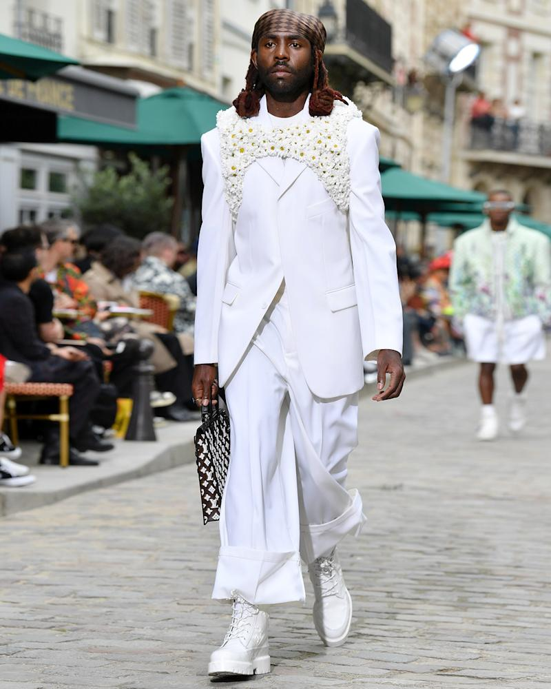 Dev Hynes looking positively angelic on the runway for the Louis Vuitton S/S 20 show.