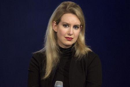 FILE PHOTO: Elizabeth Holmes, CEO of Theranos, attends a panel discussion during the Clinton Global Initiative's annual meeting in New York, September 29, 2015.  REUTERS/Brendan McDermid/File Photo