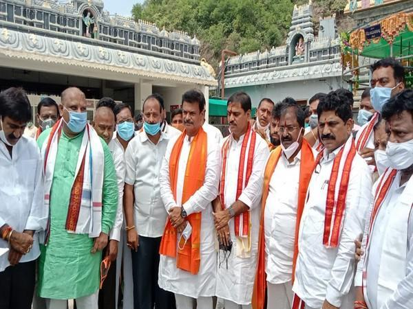 BJP leaders on the first day of the Temple Darsan Yatra (Photo/ANI)