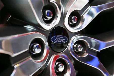 Ford Edge Concept vehicle rim hub is pictured at the 2013 Los Angeles Auto Show in Los Angeles