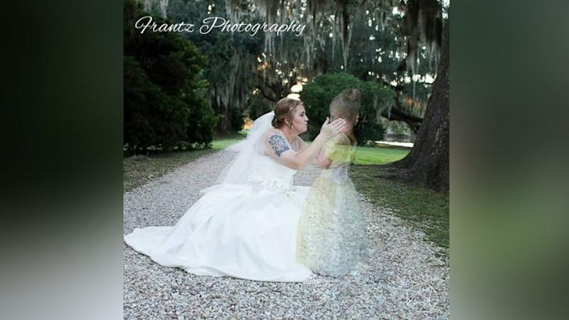 Grieving Mom Honors Late Daughter in Wedding Photo