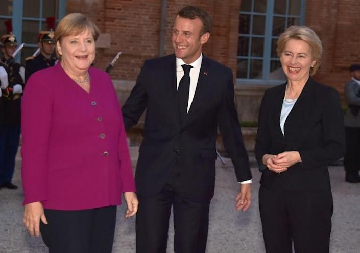 Hopes are rising that a draft deal can be presented at an EU summit to be attended by German Chancellor Angela Merkel and French President Emmanuel Macron (AFP Photo/Pascal PAVANI )