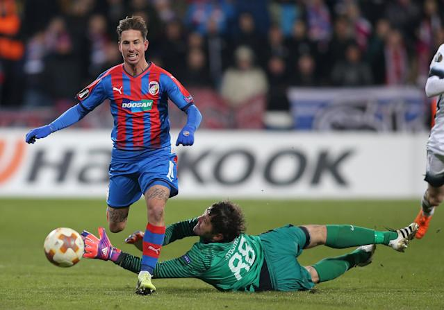 Soccer Football - Europa League Round of 32 Second Leg - Viktoria Plzen vs Partizan Belgrade - Doosan Arena, Plzen, Czech Republic - February 22, 2018 Viktoria Plzen's Milan Petrzela in action with Partizan Belgrade's Vladimir Stojkovic REUTERS/Milan Kammermayer