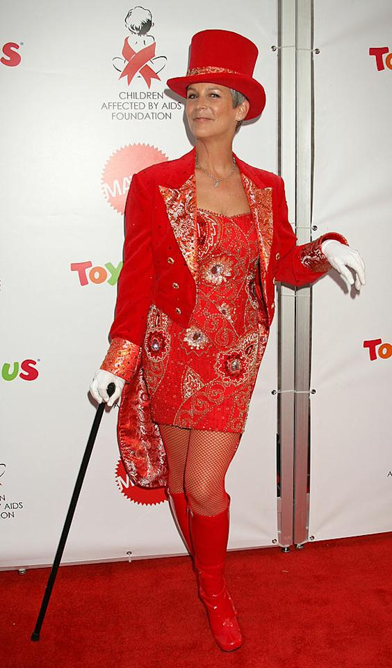 "Jamie Lee Curtis lights up the red carpet in her circus ringleader costume. Russ Einhorn/<a href=""http://www.splashnewsonline.com"" target=""new"">Splash News</a> - October 27, 2007"