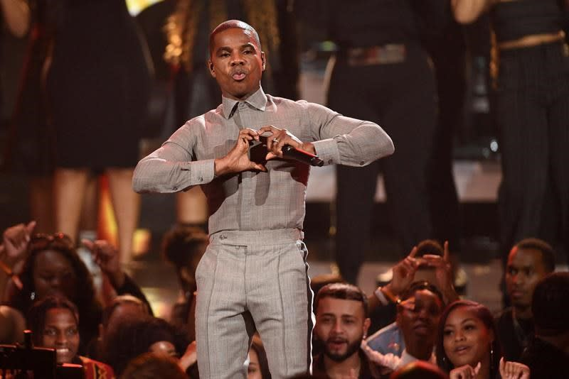 Kirk Franklin makes splash at Stellar Gospel Music Awards