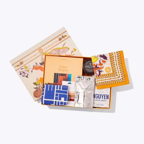 """$98, Tory Burch. <a href=""""https://www.toryburch.com/tory-burch-foundation-seed-box/83558.html"""" rel=""""nofollow noopener"""" target=""""_blank"""" data-ylk=""""slk:Get it now!"""" class=""""link rapid-noclick-resp"""">Get it now!</a>"""