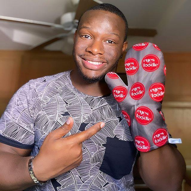"""<p>ReShawn's bio reads """"cheesecakes are my life,"""" so how could you not love him? He's the creator of the best cheesecake in Detroit that even had the judges on <em>MasterChef</em> talking.</p><p><a href=""""https://www.instagram.com/p/CAyrZYzFbwm/"""" rel=""""nofollow noopener"""" target=""""_blank"""" data-ylk=""""slk:See the original post on Instagram"""" class=""""link rapid-noclick-resp"""">See the original post on Instagram</a></p>"""