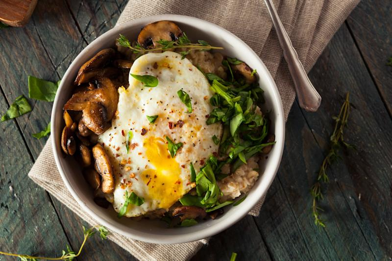 Who says you can only have oatmeal for breakfast? Using plain instant oats, you can make your meal savory with spices and hearty toppings. If you have more energy, steel-cut oats bring more nutrients to your dish. An Asian-inspired version of the bowl uses soy sauce and ginger for flavour, topped with eggs, spinach, and mushrooms.