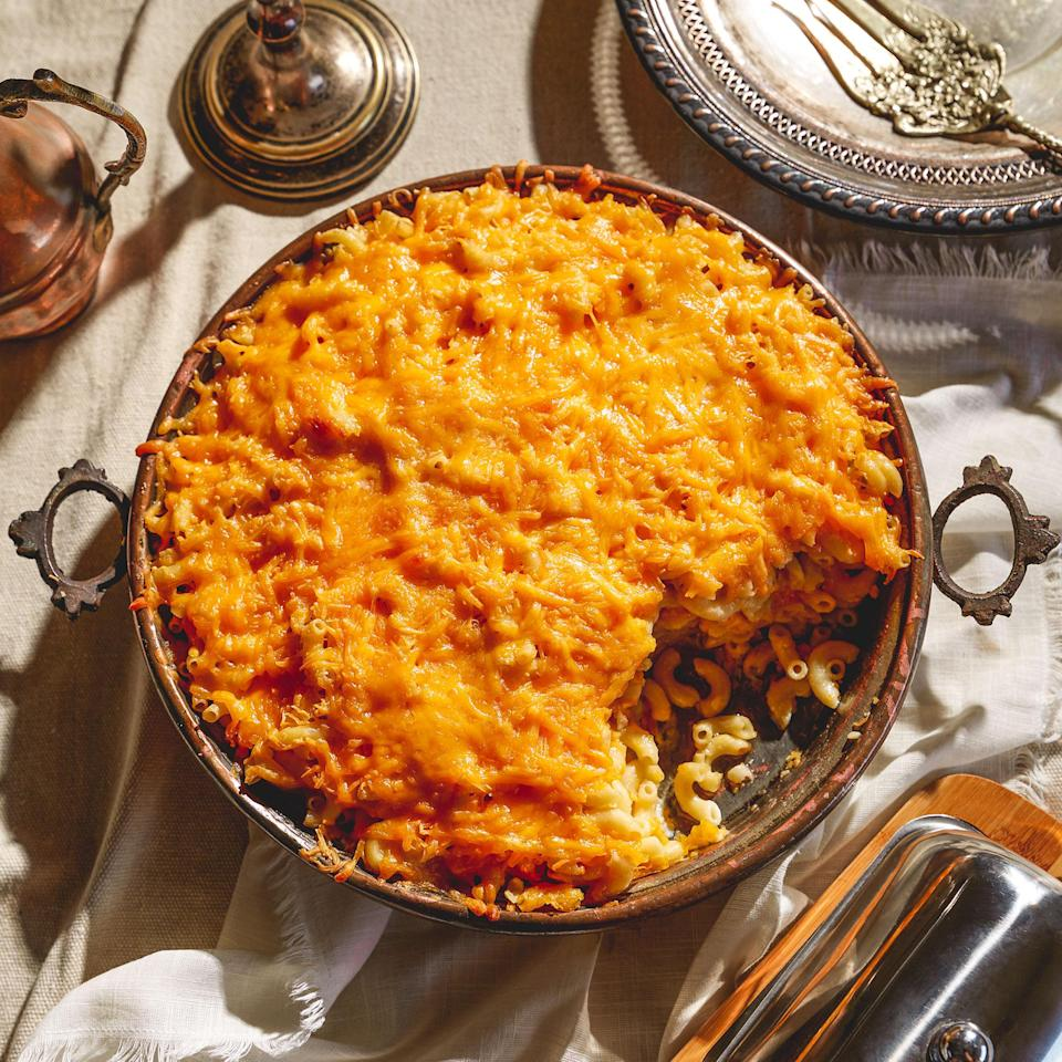 <p>This is the macaroni and cheese recipe that would have been used in the kitchens at Thomas Jefferson's Monticello. The popularization of this iconic American dish can be traced to Black cooks who helped spread the dish throughout the United States.</p>