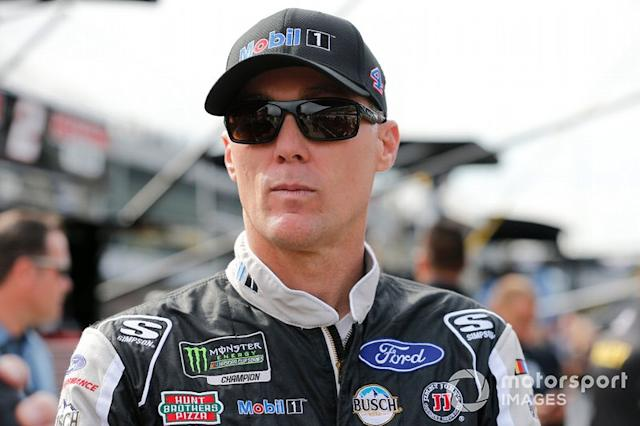 """#18 Kevin Harvick <span class=""""copyright"""">Russell LaBounty / NKP / Motorsport Images</span>"""