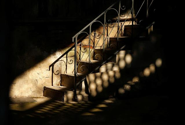 <p>Stairs are seen in a courtyard in the old town, Tbilisi, Georgia, April 6, 2017. (Photo: David Mdzinarishvili/Reuters) </p>