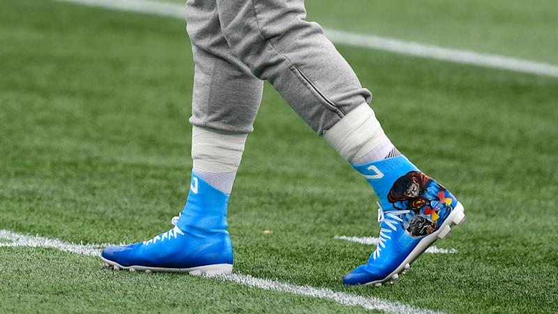 Patriots' Cam Newton honors Chadwick Boseman with sweet custom cleats