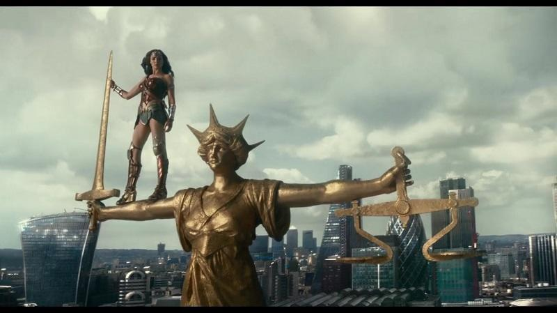 A screengrab of Gal Gadot's Wonder Woman from 'Justice League'.