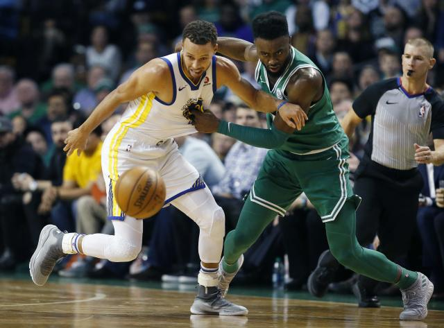 "Celtics swingman <a class=""link rapid-noclick-resp"" href=""/nba/players/5602/"" data-ylk=""slk:Jaylen Brown"">Jaylen Brown</a> brought a level of physicality and aggression that <a class=""link rapid-noclick-resp"" href=""/nba/players/4612/"" data-ylk=""slk:Stephen Curry"">Stephen Curry</a> and the Warriors had a hard time matching. (AP)"
