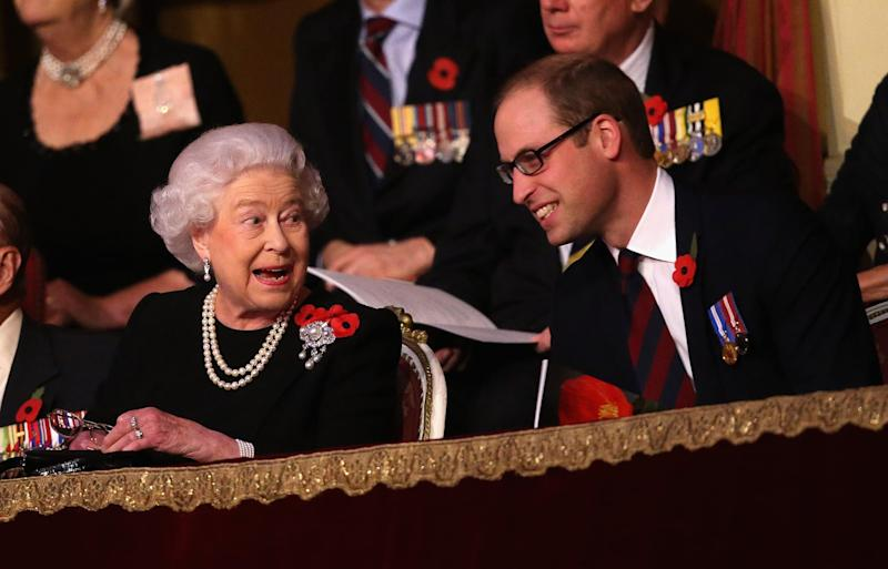 LONDON, ENGLAND - NOVEMBER 07: Queen Elizabeth II and Prince William, Duke of Cambridge chat to each other in the Royal Box at the Royal Albert Hall during the Annual Festival of Remembrance on November 7, 2015 in London, England. (Photo by Chris Jackson - WPA Pool/Getty Images)