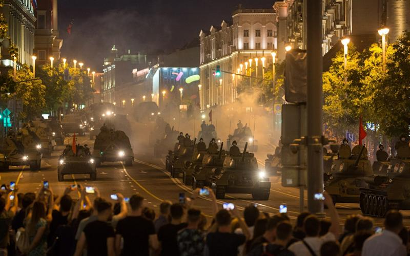 A rehearsal parade on Wednesday attracted crowds to Moscow's streets - Bloomberg