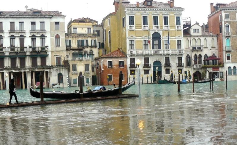 Hope rises even as Venice sinks
