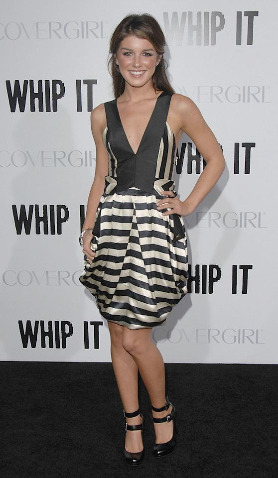 """Shenae Grimes at the Los Angeles premiere of <a href=""""http://movies.yahoo.com/movie/1810036665/info"""">Whip It!</a> - 09/29/2009"""