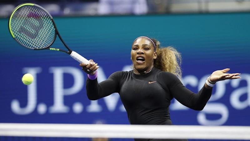 Serena Williams has romped into the US Open semi-finals with a rout of Qiang Wang
