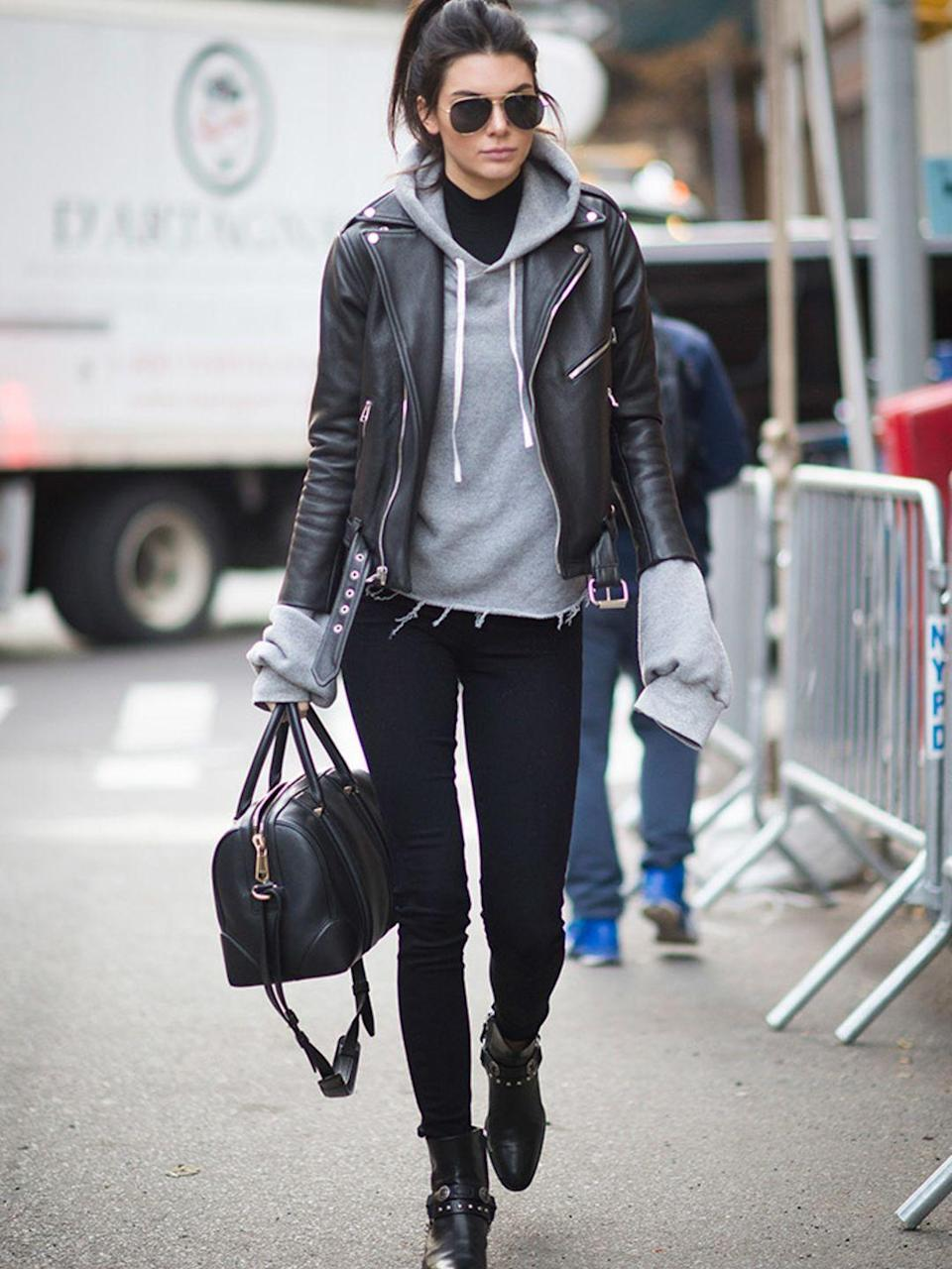 <p>Kendall Jenner wearing Paige and spotted before the rehearsal of the Victoria's Secret Fashion Show in New York, November 2015.</p>
