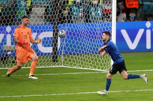 Jorginho (right) casually rolled home the winning spot-kick as Italy beat Spain in a semi-final penalty shoot-out