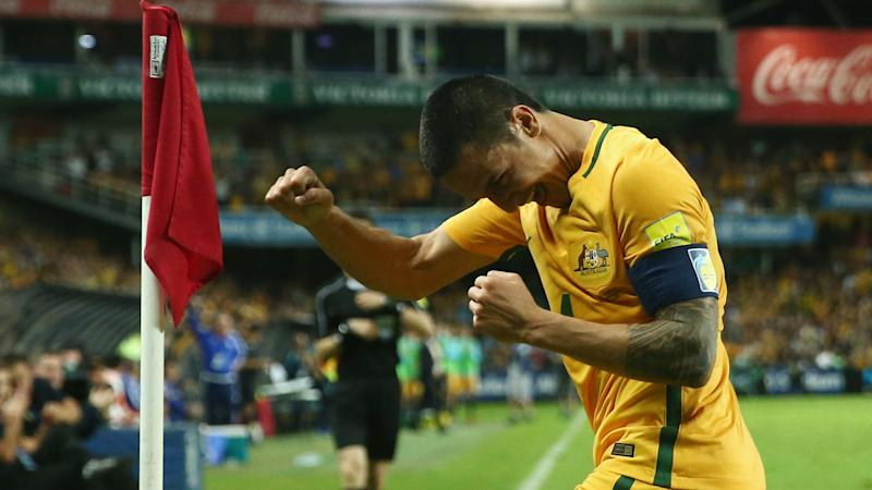 VIDEO: Tim Cahill suffers nasty cut to the eye