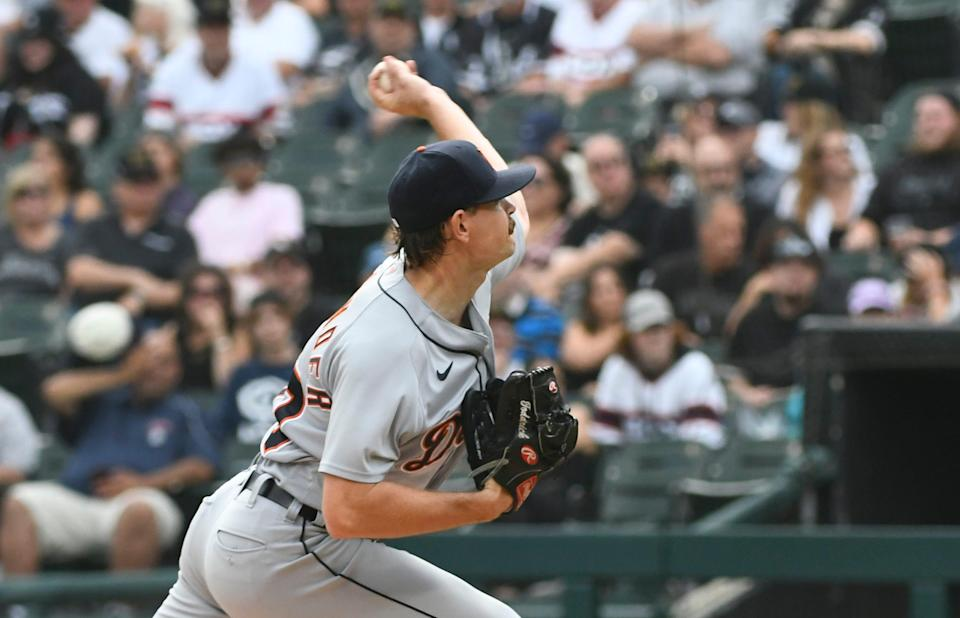 Detroit Tigers starting pitcher Tyler Alexander (70) delivers during the first inning of a baseball game against the Chicago White Sox, Sunday, Oct. 3, 2021, in Chicago.