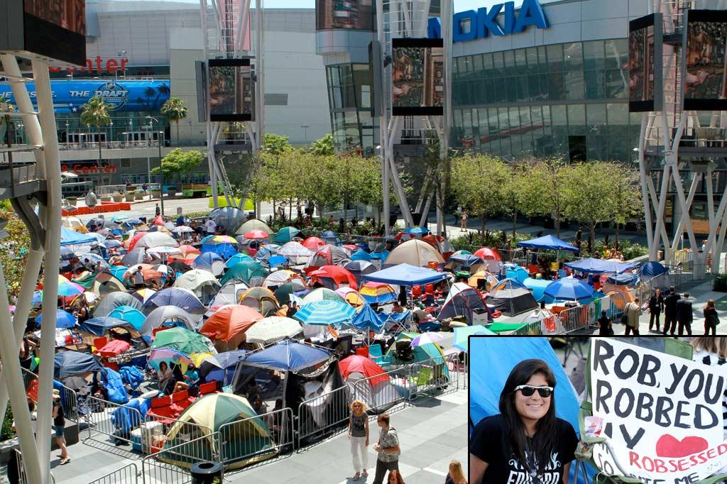 "Before the premiere of ""The Twilight Saga: Eclipse"" Thursday night, die-hard Twi-Hards camped out at LA's Nokia Theater for days in hopes of gaining one of 550 coveted spots on the red carpet to see the stars in person. We're really hoping there was a shower they could use nearby. Araujo/X17online.com, Kevin Winter/Getty Images"