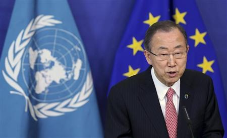 Ki-moon talks to the media in Brussels